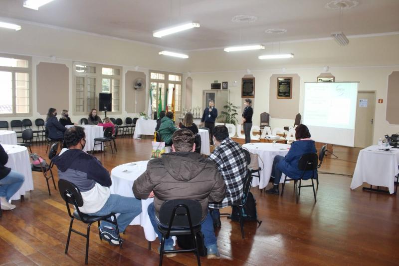 Foto: SMED promove encontros com lideranças escolares
