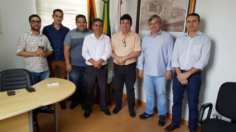 img Executivo Municipal parabeniza novo presidente do Legislativo camaquense