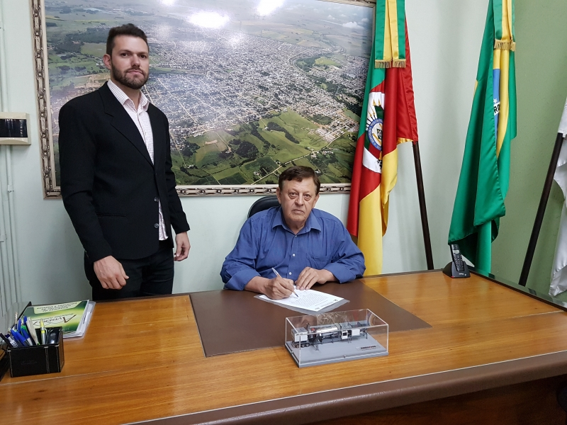 Presidente da Câmara assume interinamente o Executivo Municipal